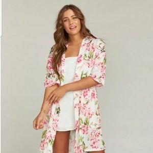 NWT! Flowery robe